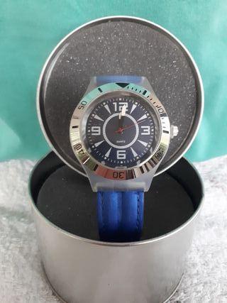 Reloj de pulsera azul