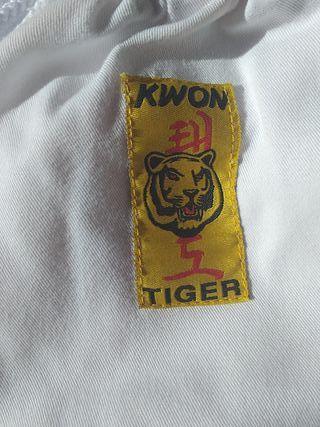 dobok + protections taekwondo