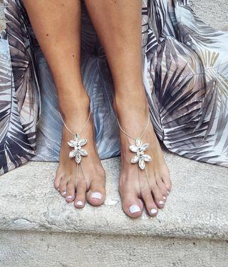 Sandalias para bodas en la playa para novia