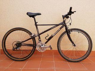 Bicicleta de montaña btt Bianchi Theridion
