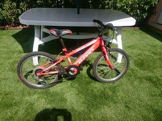 Bicicleta para niños 6-9 años en muy buen estado