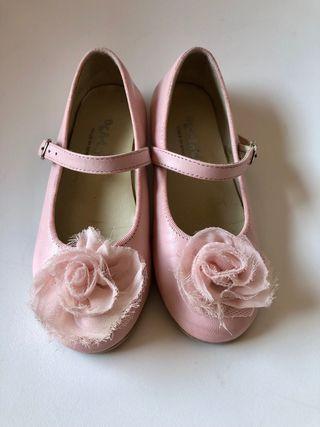Merceditas rosa de piel 26