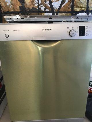Lave-vaisselle Bosh Silence Plus Serie 4