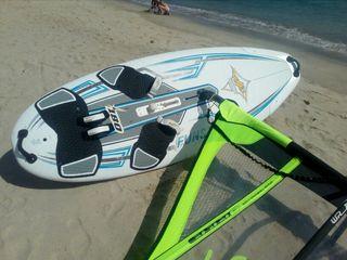 Equipo iniciación windsurf