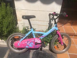 Bicicleta niños B-Twin (Casco regalo)