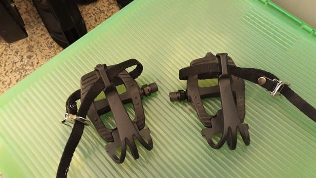 pedales calapies
