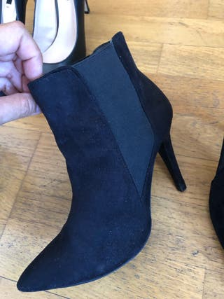 Botines negros tipo calcetín
