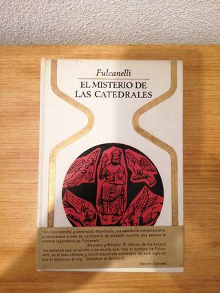 """LIBRO """"EL MISTERIO DE LAS CATEDRALES"""""""