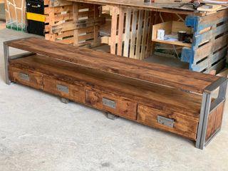 Mueble TV en madera y acero