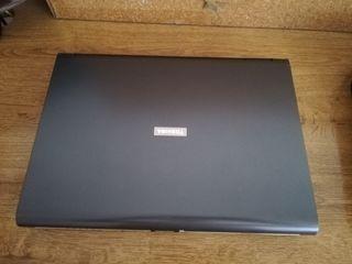 Portátil Toshiba leer descripcion