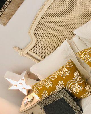 Precioso cabecero rejilla vintage cama 150-160