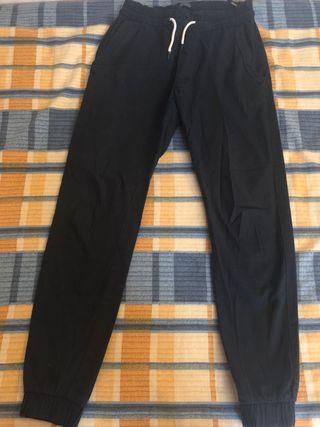 PANTALÓN CHINO CREMALLERAS Pantalones Hombre ZARA
