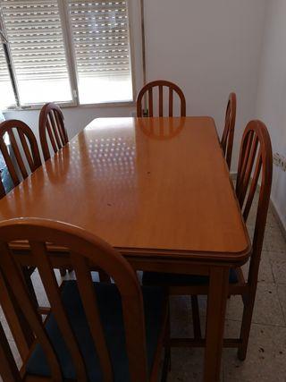 Mesa comedor con sillas de segunda mano en Colmenar Viejo en WALLAPOP