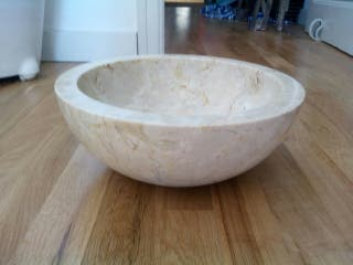 Pica de piedra pulida lavabo