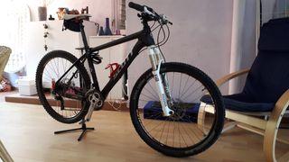 """bicicleta carbono 26"""" talla 17 M"""