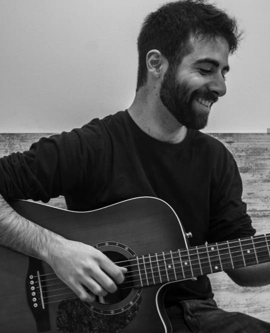 Guitar teacher from Spain