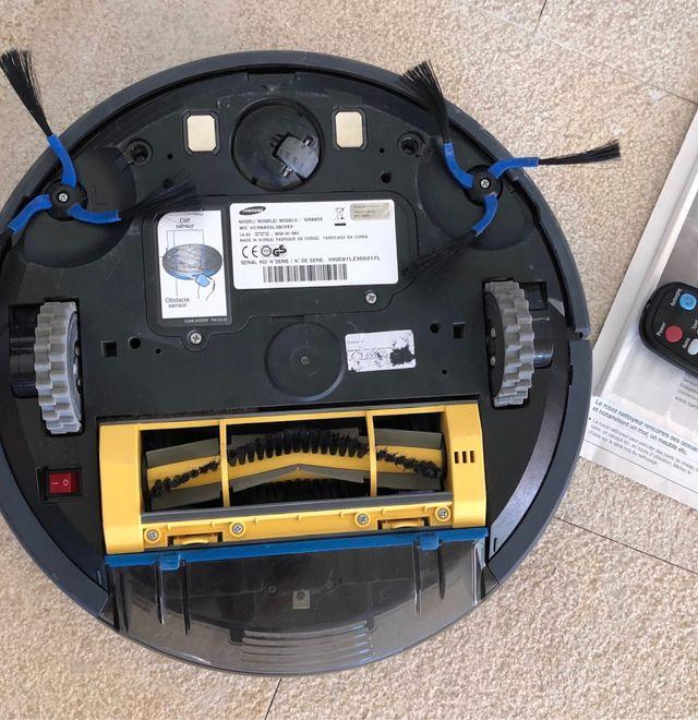 Robot aspirateur Samsung SR 8855 Navibot