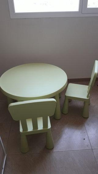 conjunto mesa + 2 sillas
