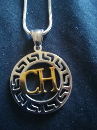 COLGANTE Y cadena + anillo CAROLINA HERRERA