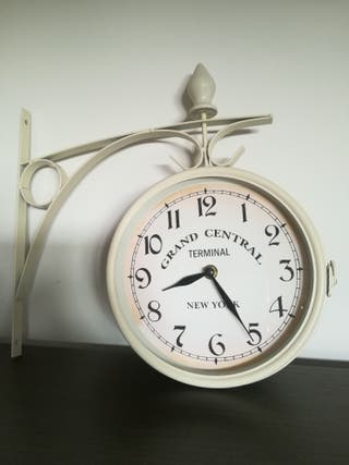 reloj pared doble