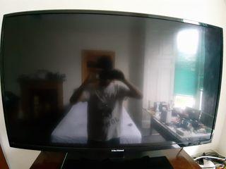 "Blue Diamond 46"" Smart TV"