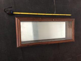 Vitrina madera y espejo