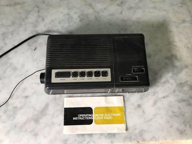 Radio despertador vintage
