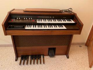 Piano órgano Logan modelo Tivoli