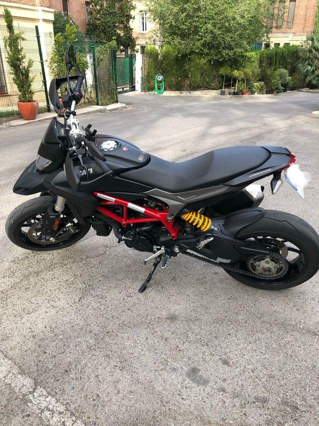 Ducati Hypermotard 2015 - 821cc