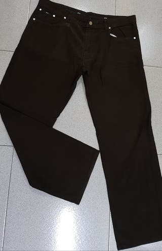 PANTALÓN DE CABALLERO COLOR MARRÓN HUGO BOSS