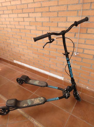 Patinete-Scooter de 3 ruedas, plegable.
