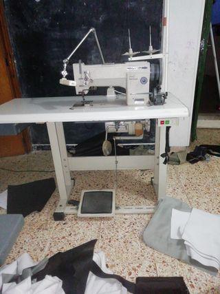 vendo maquina de coser de triple arrastre perfecto
