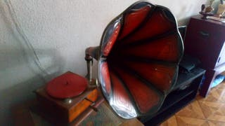Gramola casa Tagini + 15 discos