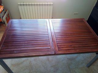 Muebles de jardín (mesa y 7 sillas acabado teka)