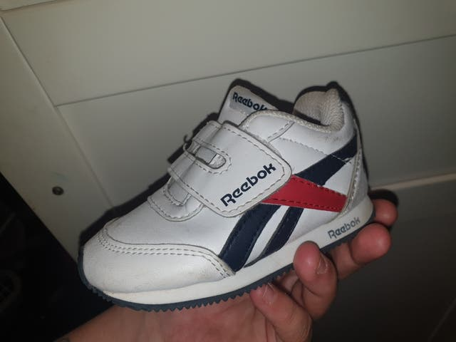 zapatillas y zapatos