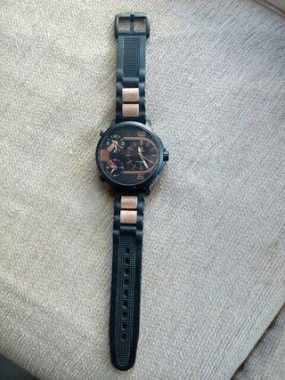 reloj marea nikell free