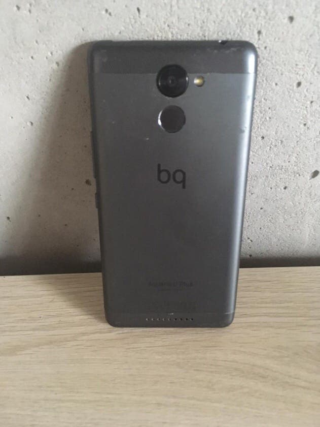 Bq Aquaris Plus