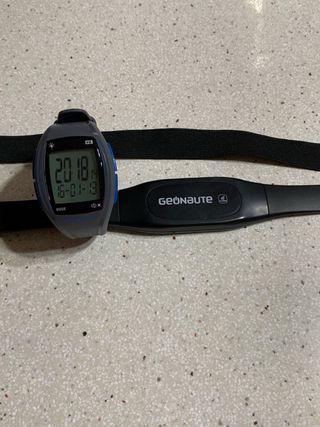 Reloj pulsometro con banda geonaute