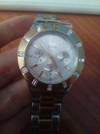 reloj GUESS STEEL, modelo 2010-2013