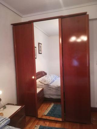Armario Para Dormitorio De Segunda Mano En Bilbao En Wallapop