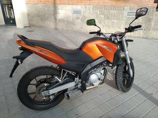 mh7 naked (motor hispania)