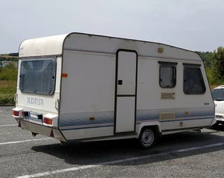 Caravana -750 kg Adria Optima
