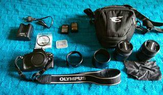 Camara de fotos reflex Olympus