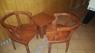 sillones y mesas