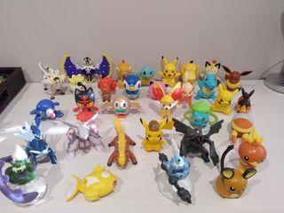 Lote de figuras Pokémon