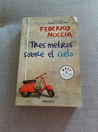 """Libro """"Tres metros sobre el cielo"""""""