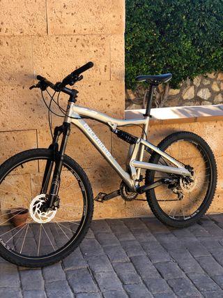 Bicicleta montaña mtb doble suspensión (M)