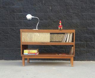 Mostrador / Vitrina de madera. Vintage, 70s