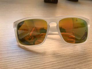 Gafas de sol de pasta y espejo
