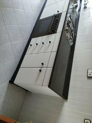 Mueble de cocina de segunda mano en Tarragona en WALLAPOP